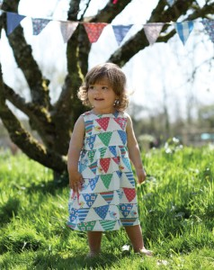 DR074-Baby-Sundress-Birdy-Bunting